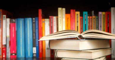 Libros de texto 1º y 2º Bachillerato Diurno: actualizado 30 julio